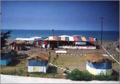 نمكآبرود تفرجگاه ساحلي